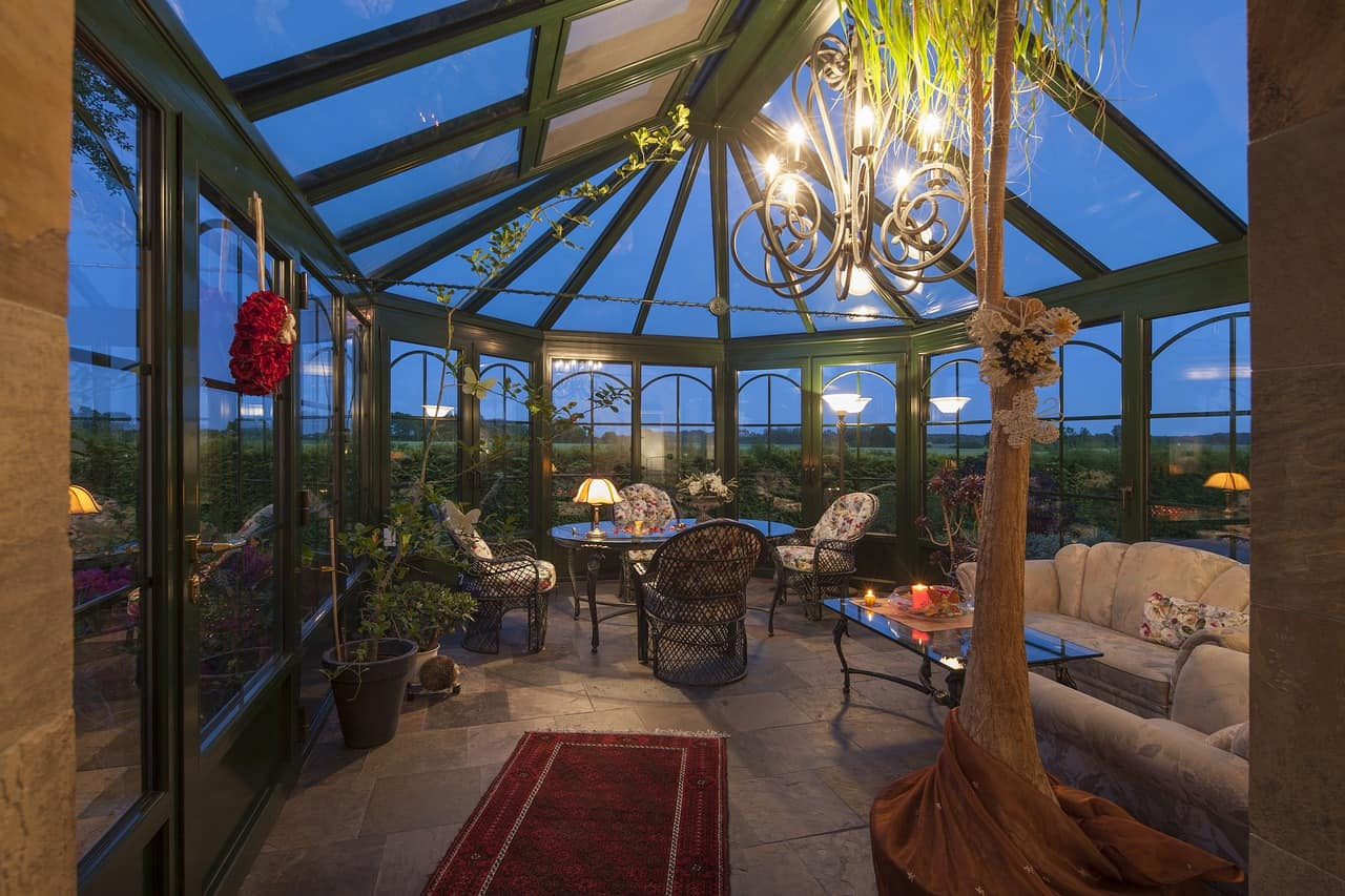 Six of Top Tips to Make Your Backyard and Patio Useable All Year Round: Patio and roofs enclosure